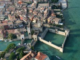 i-10-piu-affascinanti-castelli-ditalia-da-visitare
